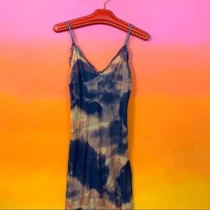 out from under • blue sunset clouds mesh slip l